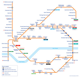 Carte du reseau de train urbain London Overground de Londres